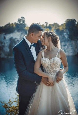 A fairy-tale wedding session of Mrs. Natalia and her husband