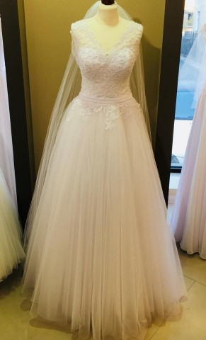Wedding dress Exlusive Colection 49/94