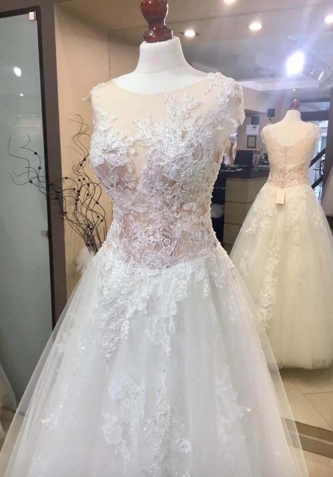 Ona Suknia ślubna Lamberta Kolekcja Ms Moda