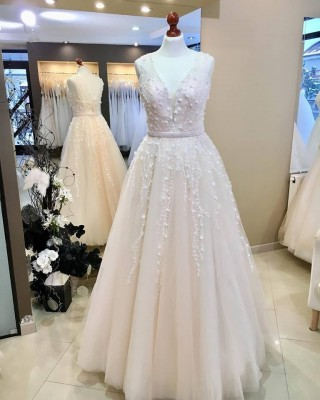 New wedding dresses of the salon ONA 2018