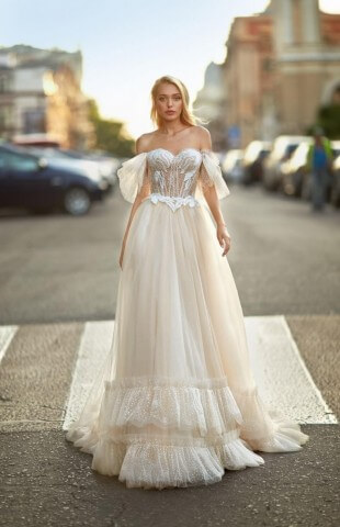 Wedding dress Diana Lorange collection 2021