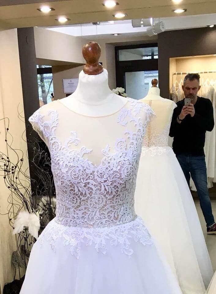Ona Suknia ślubna Firmy Gala 2018 Model Asta
